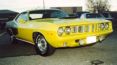 1971PlymouthCudaRFView-Pete.jpg (33609 bytes)